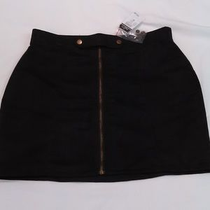 RUE 21 NWT Mock Suede Black Zipper Mini Skirt Med